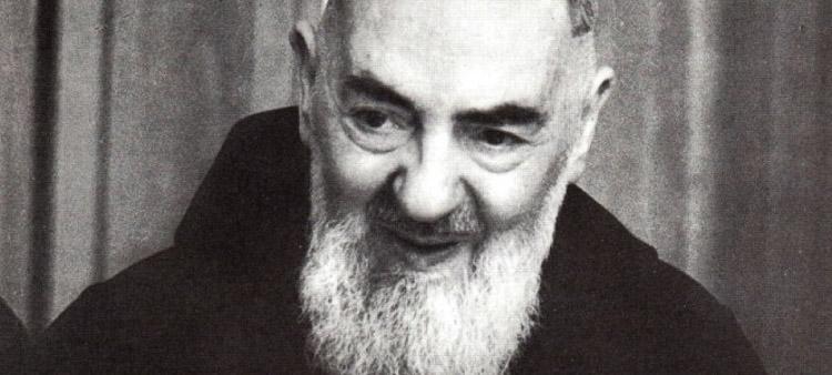 Bláznivý svatý – o. Pio