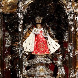 Pouť s dětmi k Pražskému Jezulátku za mír v naší zemi
